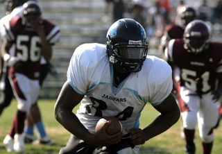 Gateway tight end Sheldon Richardson will choose between the Canes and Missouri Wednesday at 1 p.m.