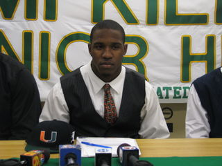 Lamar Miller signed with the Canes Wednesday.