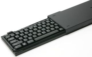 Atek_onboard_travel_keyboard