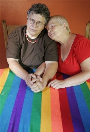 Immigration_Same_Sex_Couples_sff_embedded_prod_affiliate_56