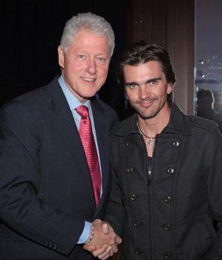 Juanes & Clinton