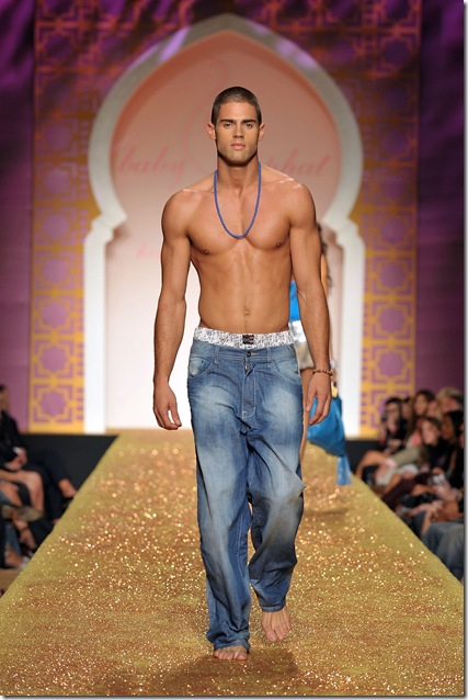 Male models and Amanda Lepore: A few photos from Spring 2010 Fashion Week in ...