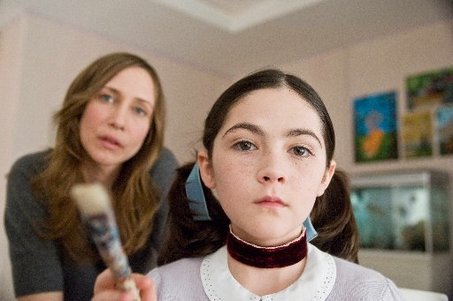 Large_orphan-movie-review-vera-farmiga-isabelle-fuhrman