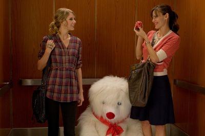 Valentine-s-Day-Movie-Still-taylor-swift-9848999-2560-1707