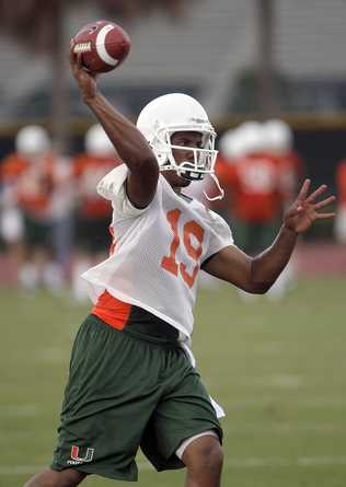 11afea9e Harris, as you know, won't be involved in any team drills this spring. His  injured thumb, which required surgery, hasn't healed in time to see him  take any ...