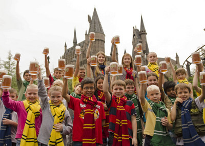 Universal Orlando Celebrates Five Millionth Butterbeer