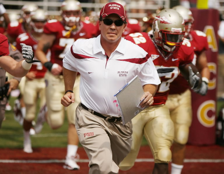 Jimbo-runs-team-onto-field