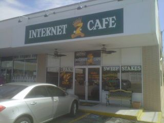 InternetCafe_CrystalCafe