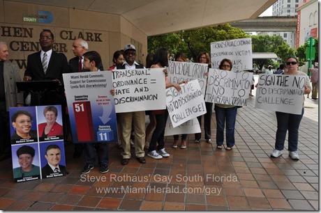 Christian Family Coalition transgender protest 2013-08-26 007