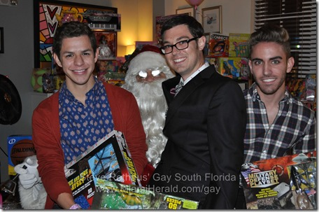 2013-12-12 LGBT Holigay Party 036