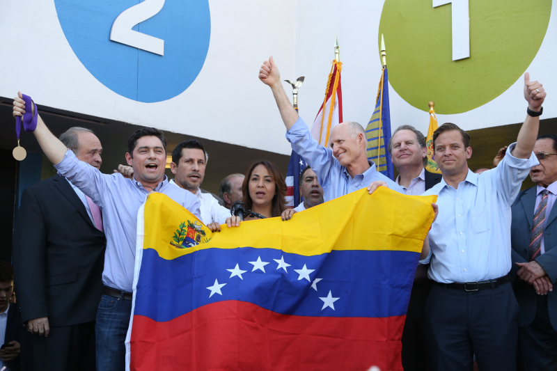 US NEWS FLA-LEOPOLDOLOPEZ-RALLY 6 MI