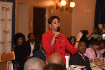 Pam_Keith_Speaking_4