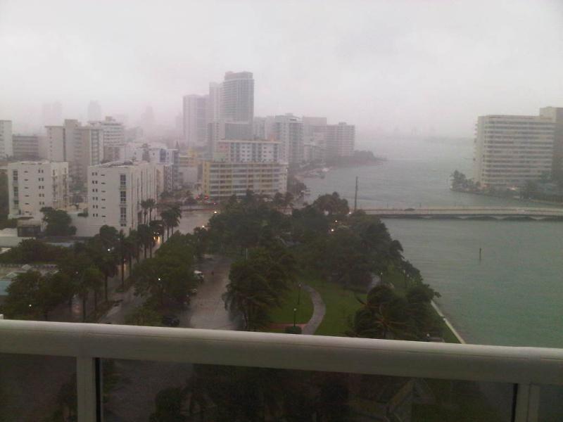 IMG_Miami_Beach-20120826_10_1_2M8S3TLJ_L243167077