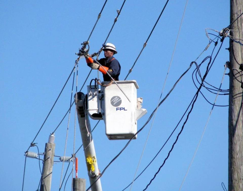 FPL power lines