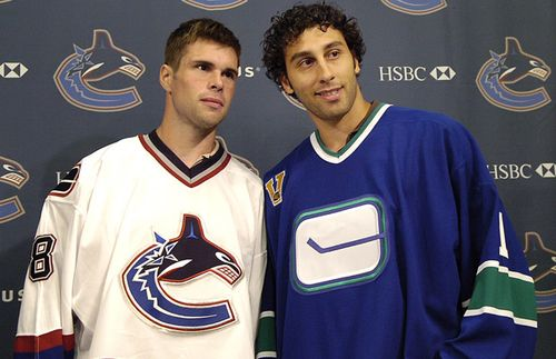Homecoming Day Roberto Luongo Not The Only Former Canucks Player In