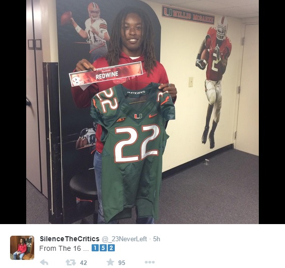 super popular 6f9cf a2f1b Sights and sounds of Hurricanes' first day of college life ...