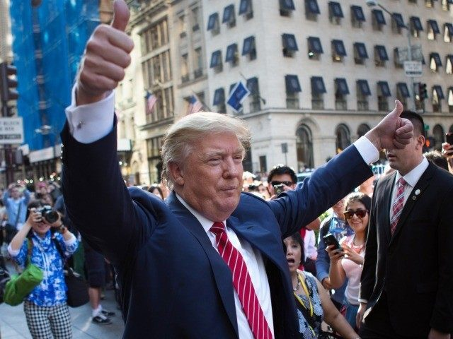 Trump-in-New-York-AP-Kevin-Hagen-640x480