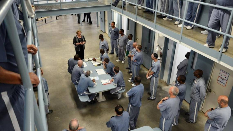 Julie Jones and prisoners