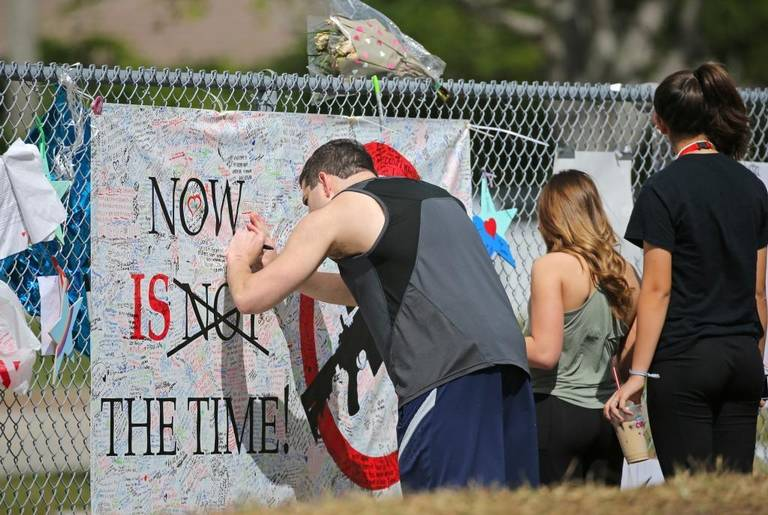US NEWS FLA-SCHOOLSHOOTING-OPENHOUSE 7 MI
