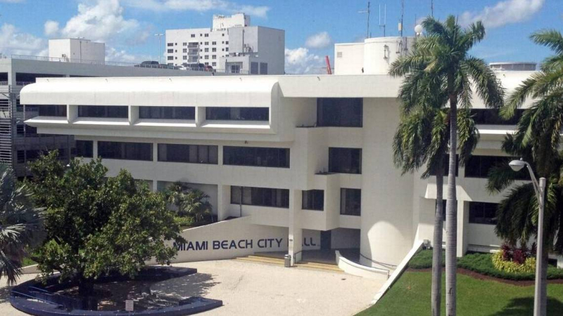 MiamiBeachCityHall