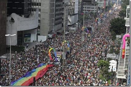 Brazil_Gay_Pride_Parade_XAP 5