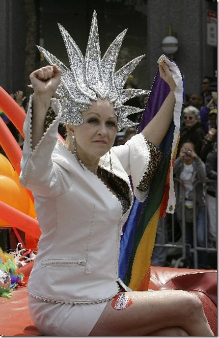http://miamiherald.typepad.com/gaysouthflorida/WindowsLiveWriter/Gay_Pride_Parade_CATA118_thumb.jpg