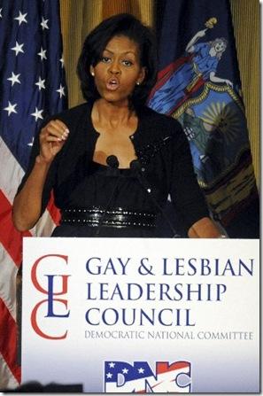 Michelle_Obama_2008_NYHA105