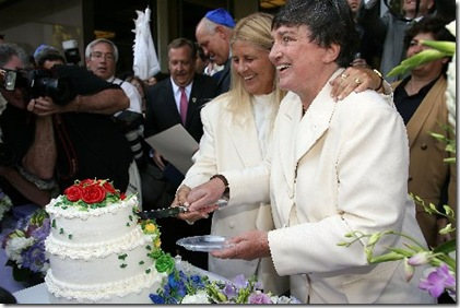 US_SOCIETY_GAY_MARRIAGE_815