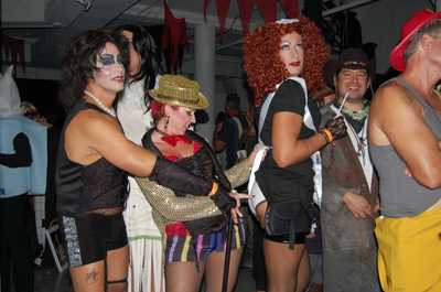 Save_halloween_fundraiser_020