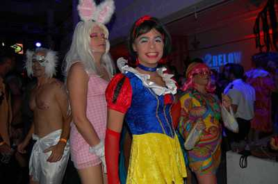 Save_halloween_fundraiser_027
